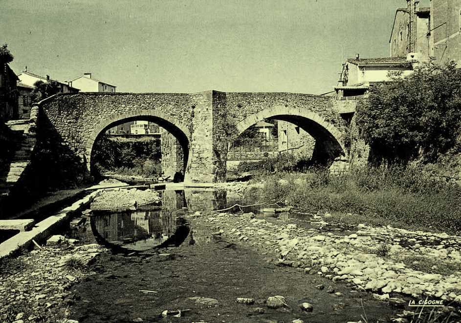 Lodève (Hérault) Le pont vieux CPA