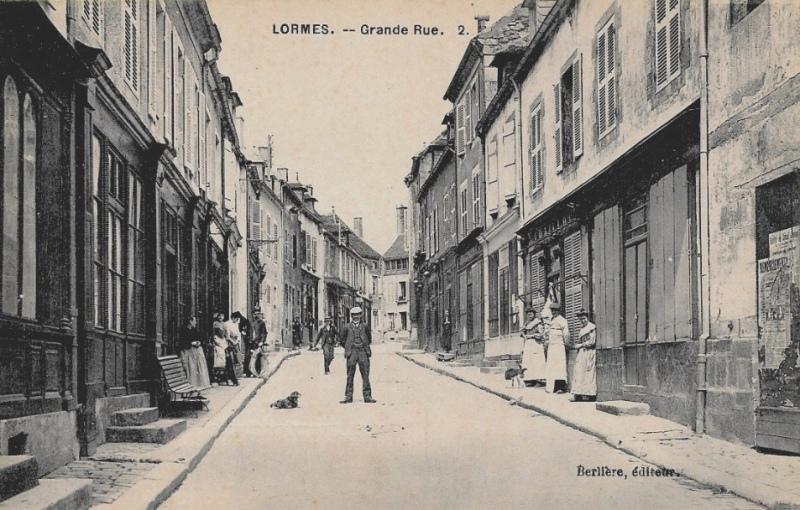 Lormes (Nièvre) La Grande Rue CPA