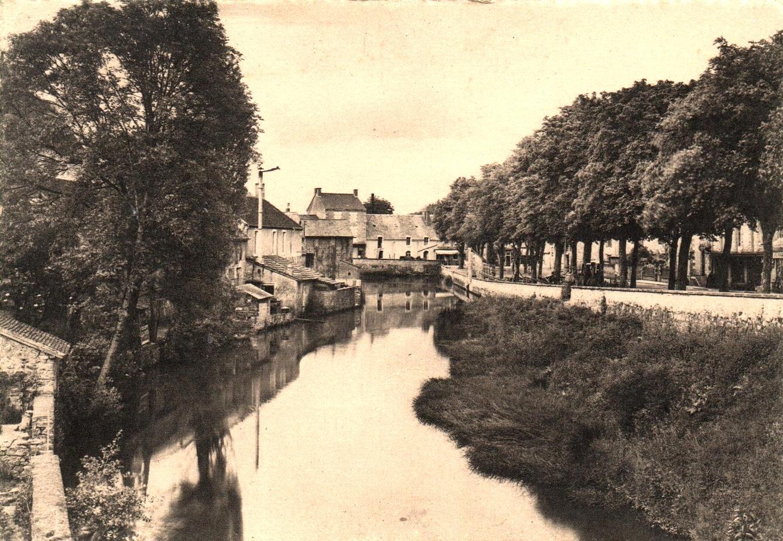 Luzy (Nièvre) L'Alène CPA