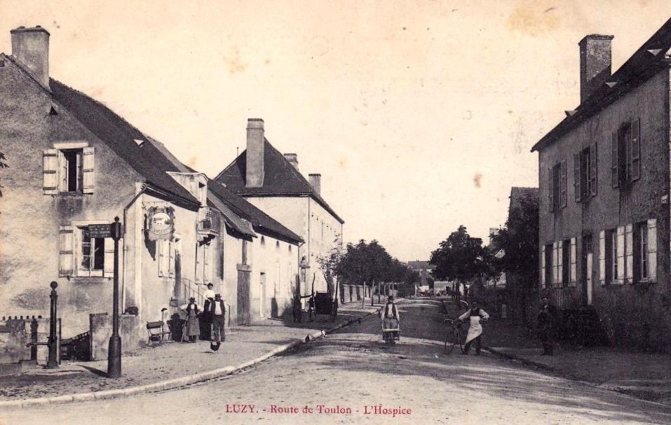 Luzy (Nièvre) L'Hospice CPA