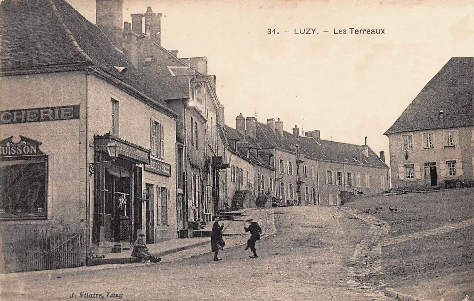 Luzy (Nièvre) Les Terreaux CPA