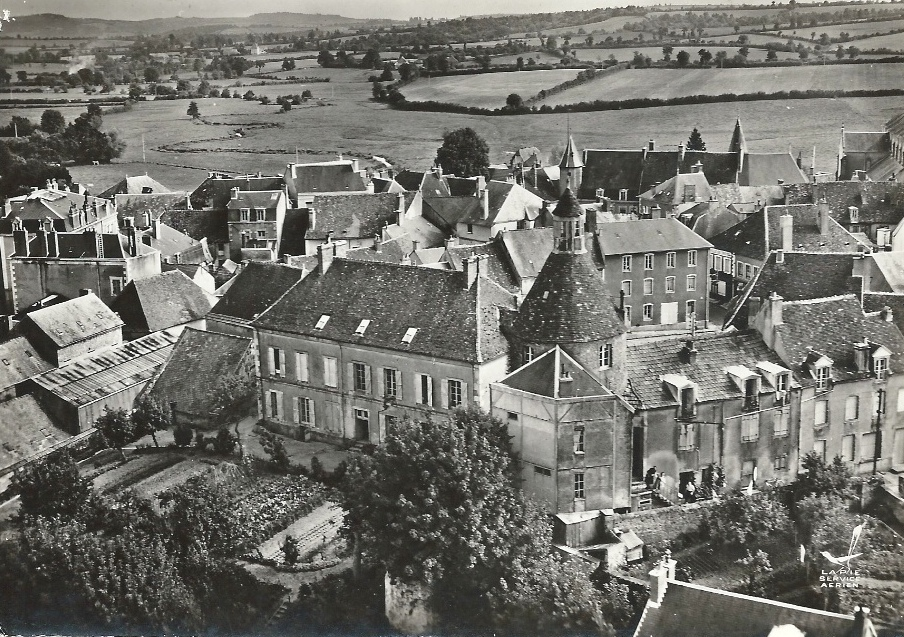Luzy (Nièvre) Vue aérienne CPA