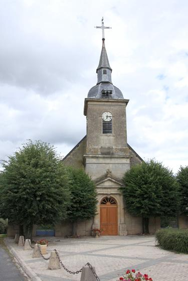 Luzy-Saint-Martin (Meuse) L'église