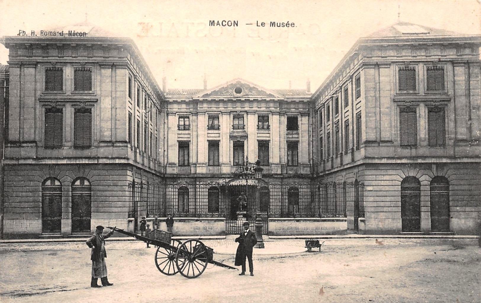 Mâcon (71) Ancien couvent des Ursulines CPA