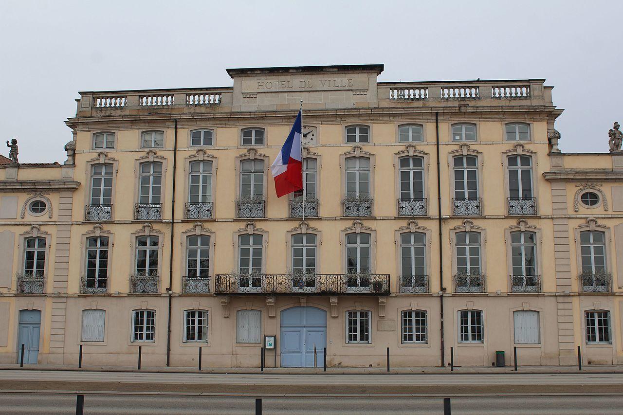 Mâcon (71) Hôtel de Ville, hôtel particulier de Montrevel