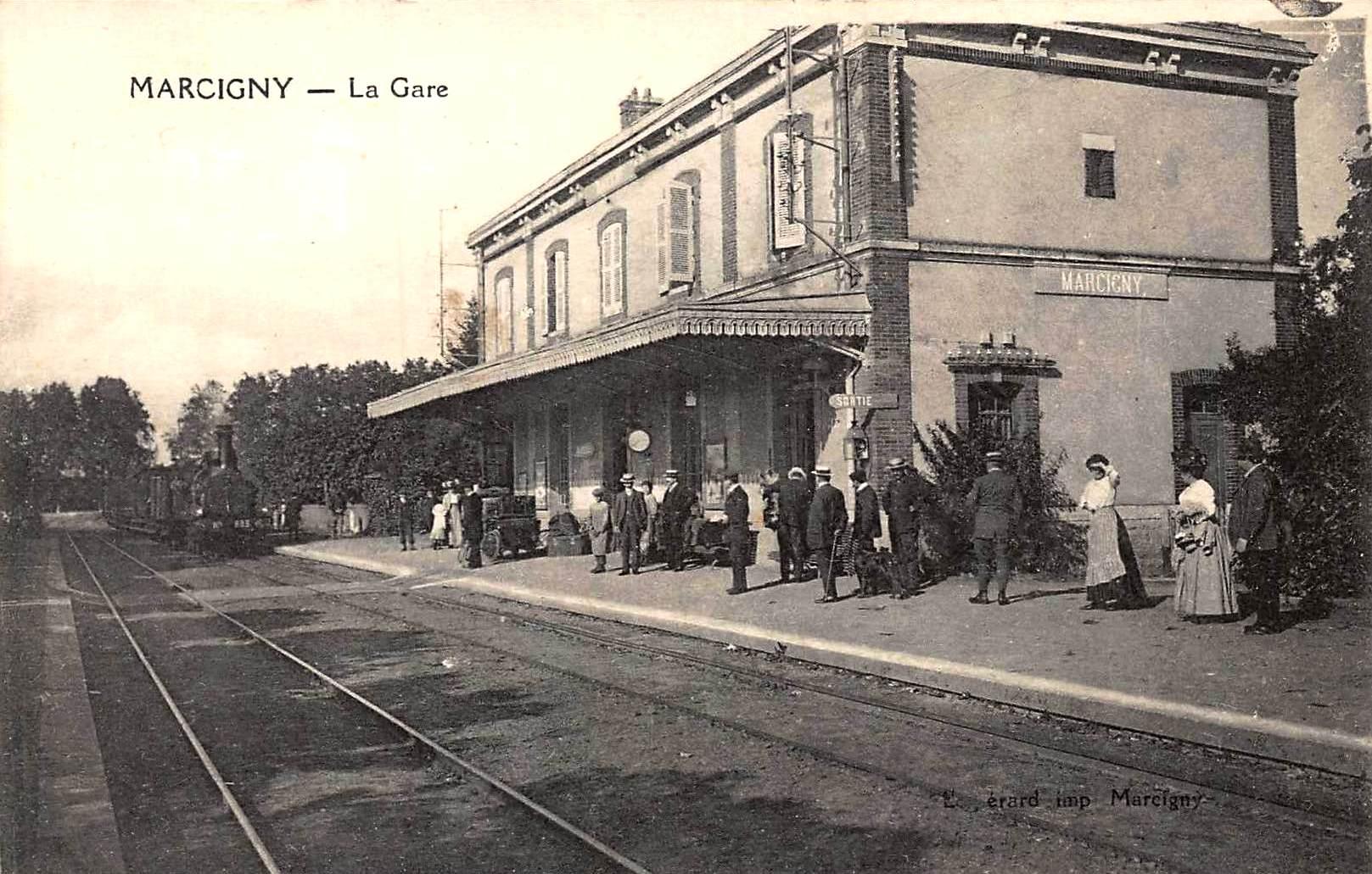 Marcigny (71) Gare CPA