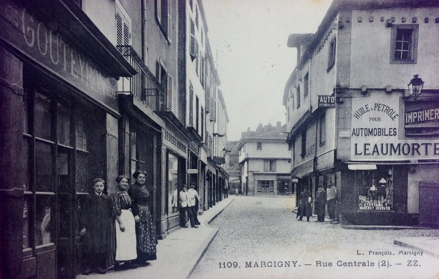 Marcigny (71) Rue Centrale CPA