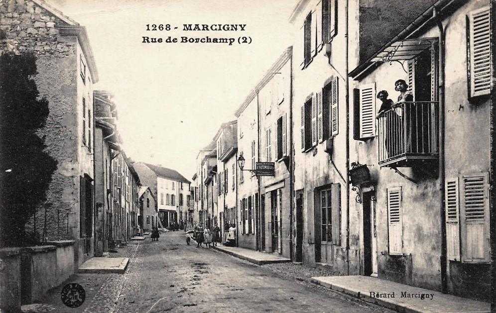 Marcigny (71) Rue de Borchamp CPA