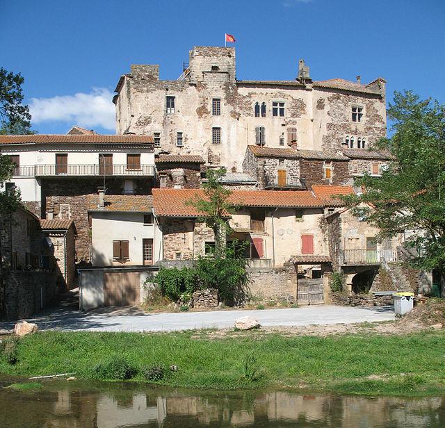 Marnhagues-et-Latour (Aveyron) Latour