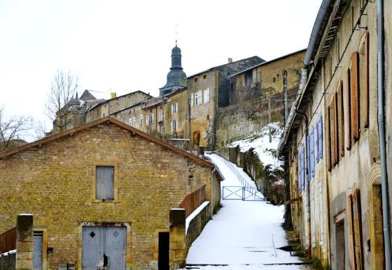 Marville (Meuse) La chevée sous la neige