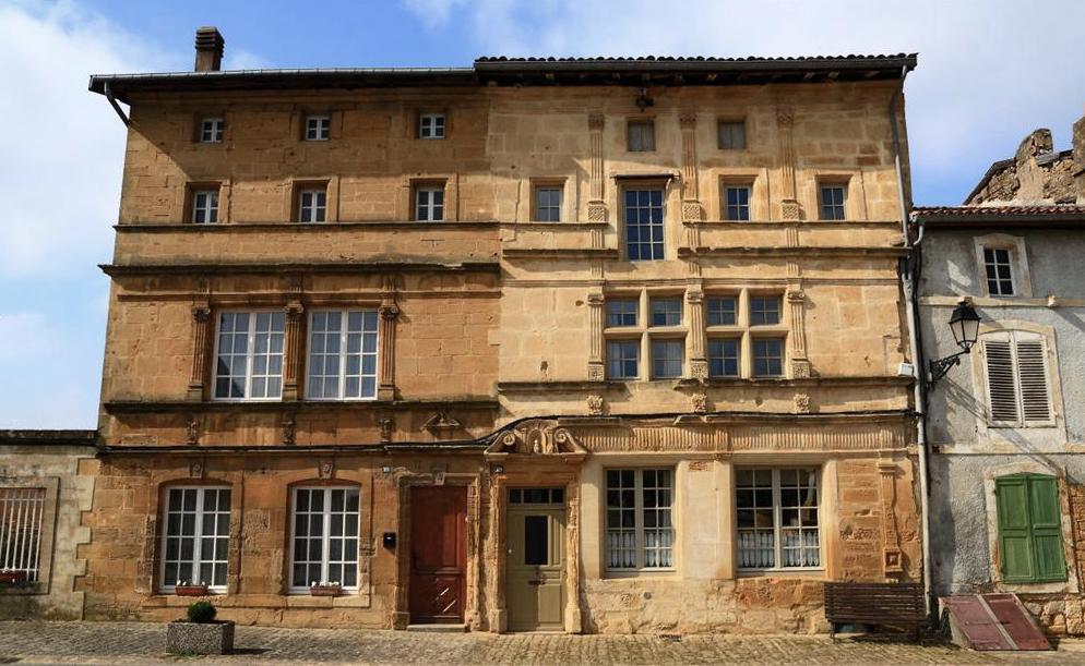 Marville (Meuse) La maison des négociants