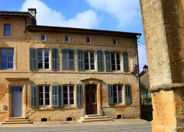 Marville (Meuse) Le presbytère