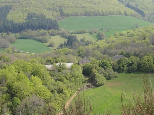 Mélagues (Aveyron) La Vayssède