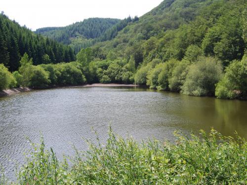 Mélagues (Aveyron) Lac de Rascas