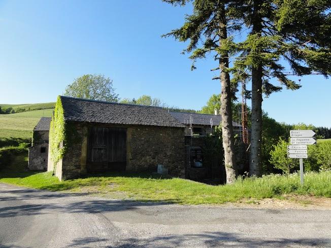 Mélagues (Aveyron) Les Planquettes hautes