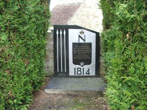 Montfaucon (Aisne) Stèle commémorative