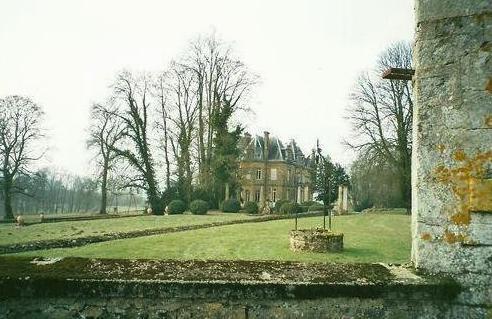 Montmédy (Meuse) Fresnois, le parc du château
