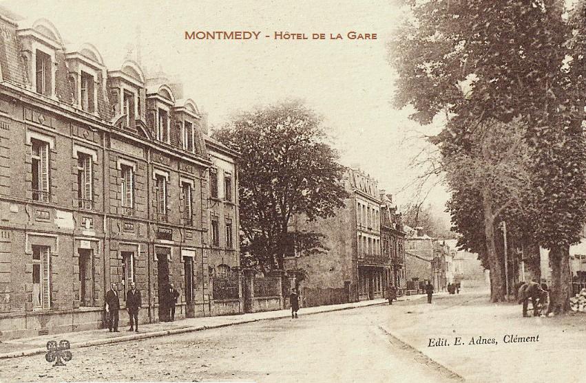 Montmédy (Meuse) L'hôtel de la gare CPA