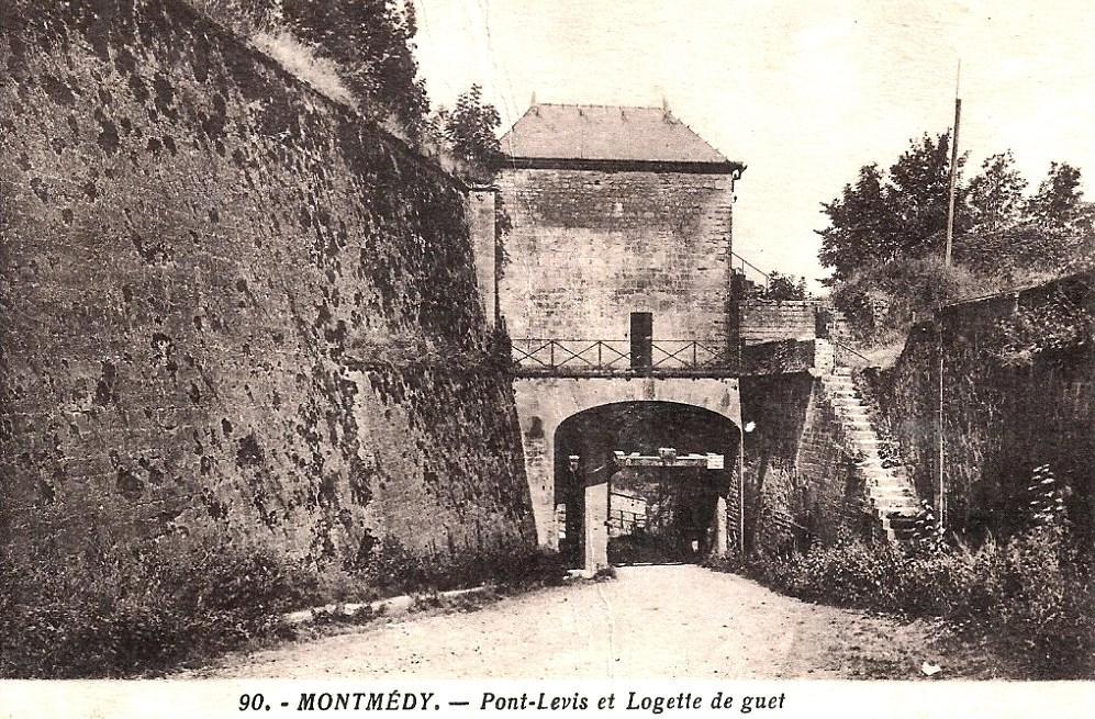 Montmédy (Meuse) La citadelle CPA