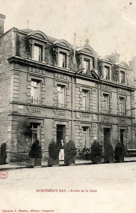 Montmédy (Meuse) Le buffet de la gare CPA