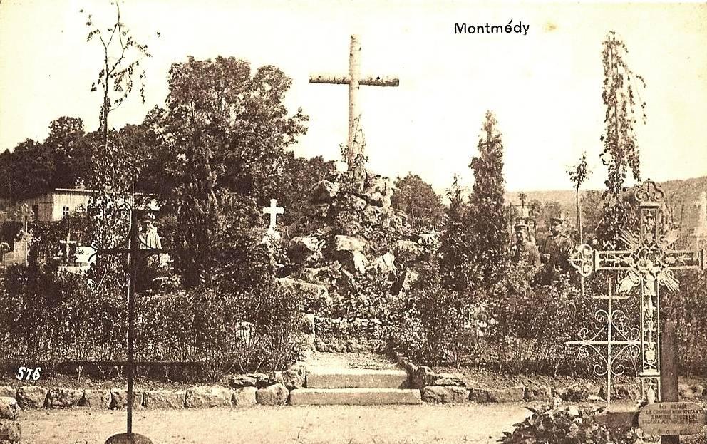 Montmédy (Meuse) Le cimetière CPA