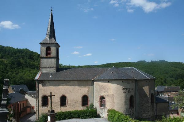 Mounes-Prohencoux (Aveyron) Eglise Saint Pierre