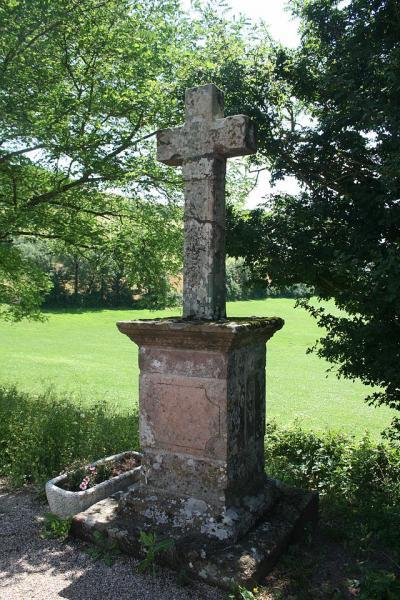 Mounes-Prohencoux (Aveyron) Turipi, la croix