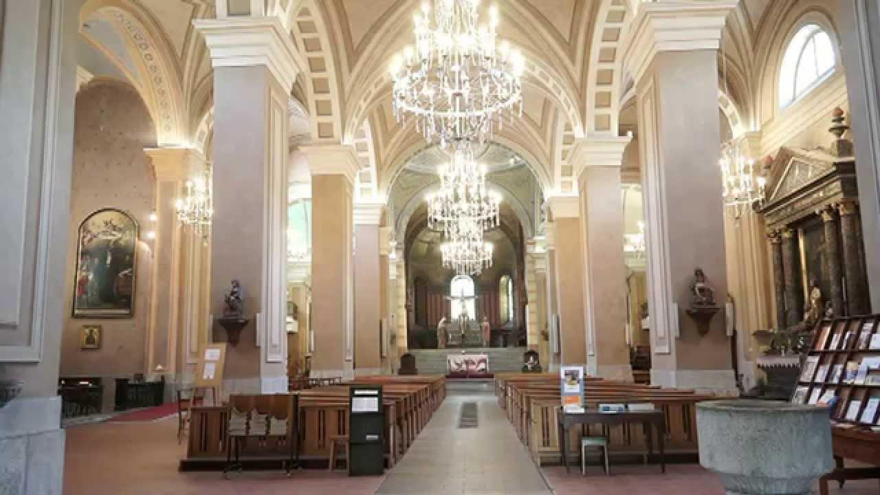Moûtiers, la cathédrale Saint-Pierre où il est inhumé