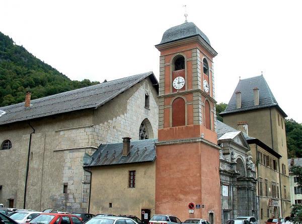 Moûtiers (Savoie) La cathédrale Saint-Pierre