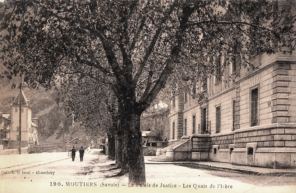 Moûtiers (Savoie) Le Palais de Justice CPA