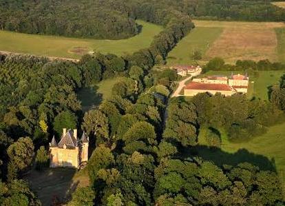 Mouzay (Meuse) Charmoy, les deux châteaux