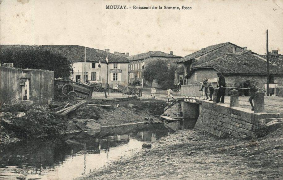 Mouzay (Meuse) Le ruisseau