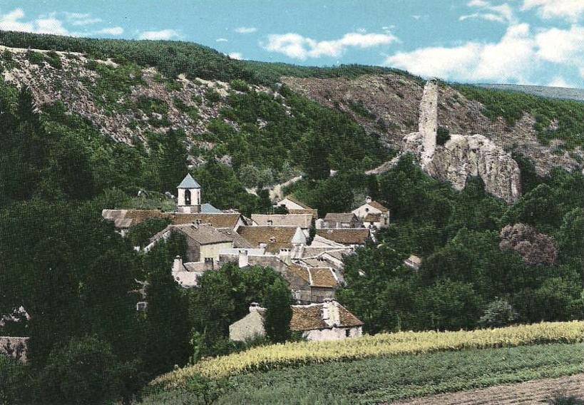 Murat-sur-Vèbre (Tarn) Boissezon, vue générale