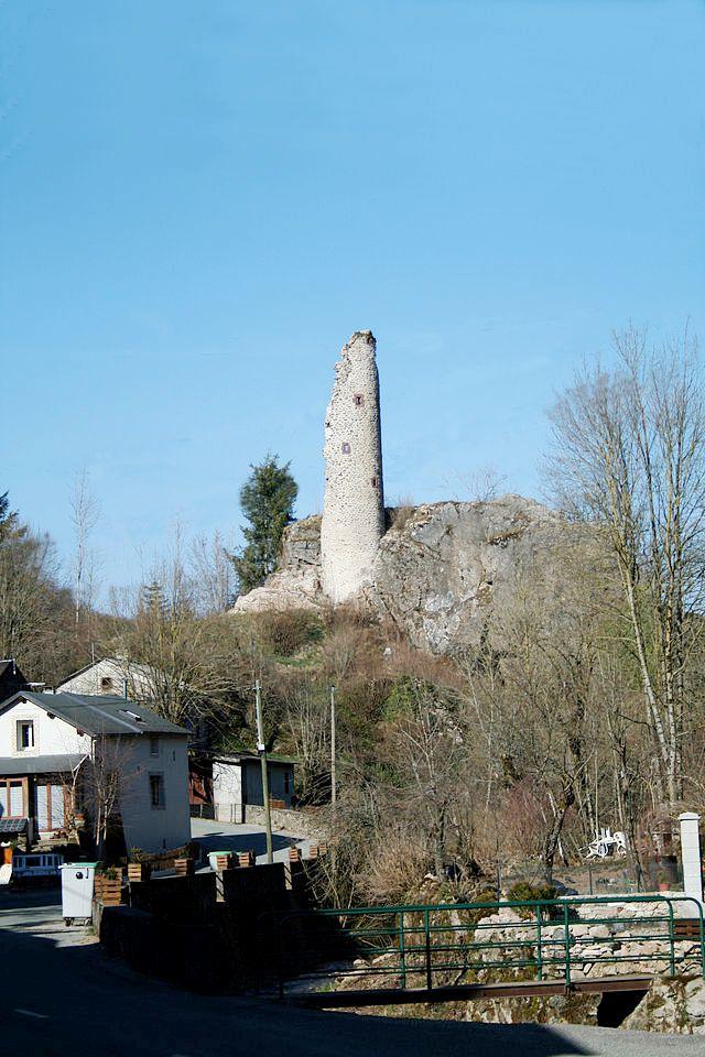 Murat-sur-Vèbre (Tarn) Boissezon, ruines château