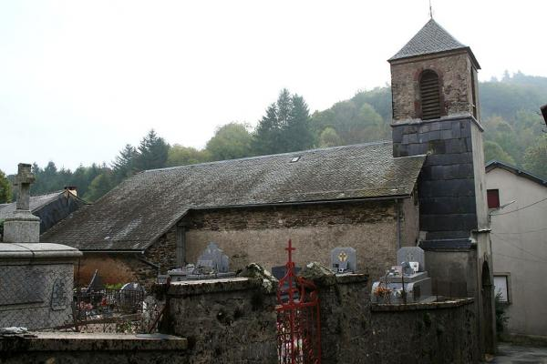 Murat-sur-Vèbre (Tarn) Boissezon, église Notre-dame et cimetière