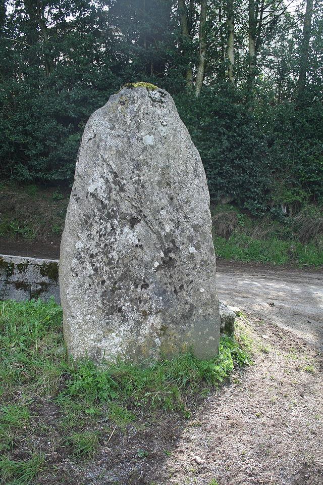 Murat-sur-Vèbre (Tarn) Statue-menhir de Poumaurou