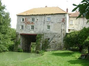 Nogent l'Artaud (Aisne) Ancien moulin