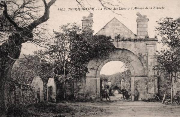 Noirmoutier-en-l'Ile (Vendée) Abbaye de la Blanche CPA