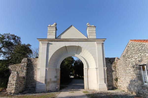 Noirmoutier-en-l'Ile (Vendée) Ilôt du Pilier, abbaye N-D La Blanche