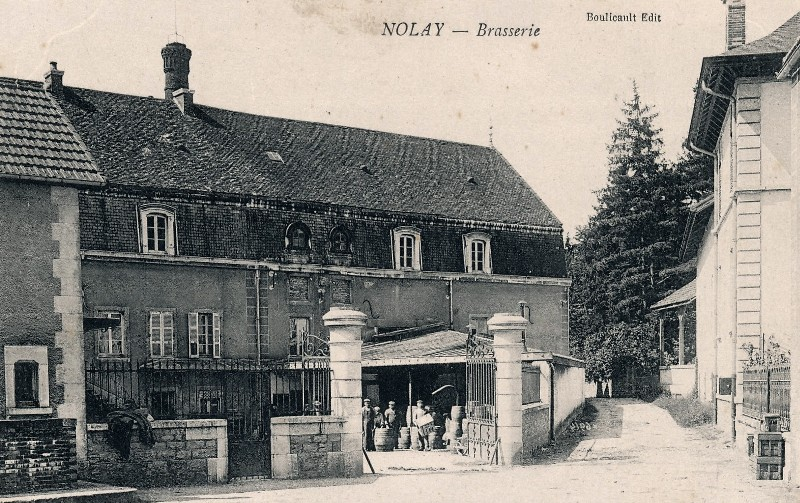 Nolay (Côte d'Or) La brasserie CPA