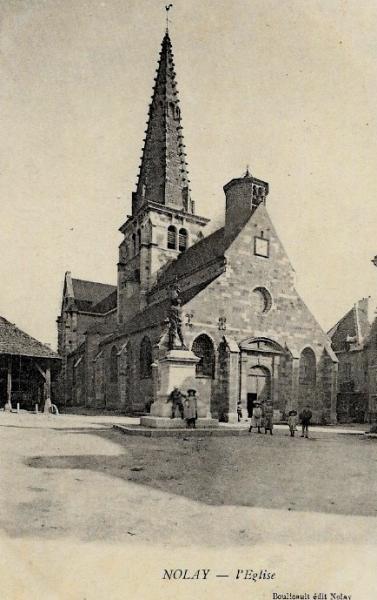 Nolay (Côte d'Or) L'église Saint-Martin CPA