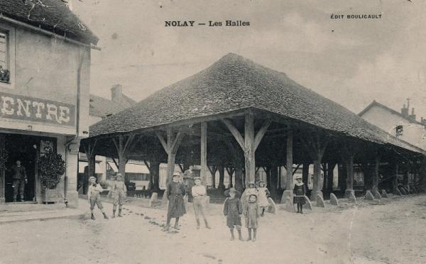 Nolay (Côte d'Or) La Halle CPA