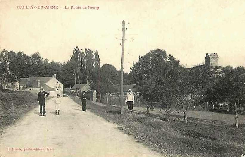 Oeuilly (Aisne) CPA route de Bourg