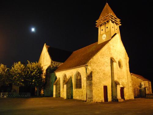 Passy-sur-Marne (Aisne) église Saint-Eloi de nuit