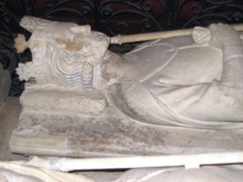 Gisant Pépin III dit le Bref, abbaye de Saint-Denis