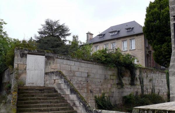 Pernant (Aisne) Le château