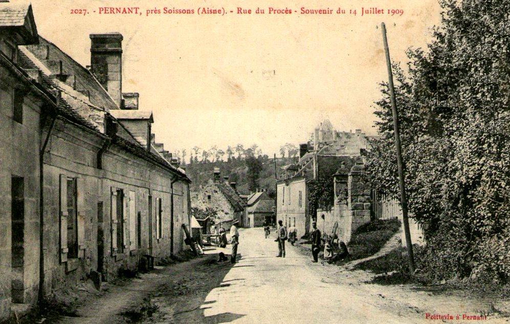 Pernant (Aisne) CPA La rue du Procès en 1909
