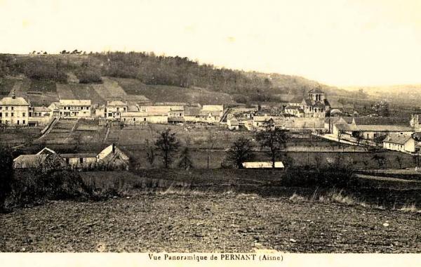 Pernant (Aisne) CPA Vue générale