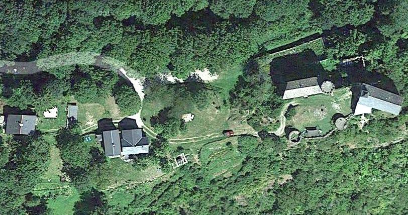 Peux-et-Couffouleux (Aveyron) Blanc, vue aérienne Google