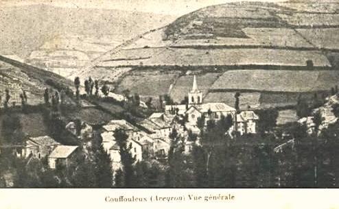 Peux-et-Couffouleux (Aveyron) CPA Vue générale